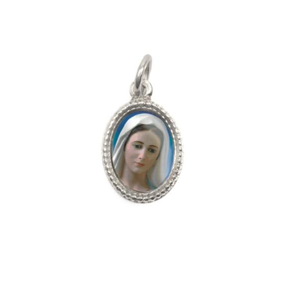 MD102413P20 - Medalha de Alumínio Oval Prata c/ 20un. Rainha da Paz - 1,5x1cm