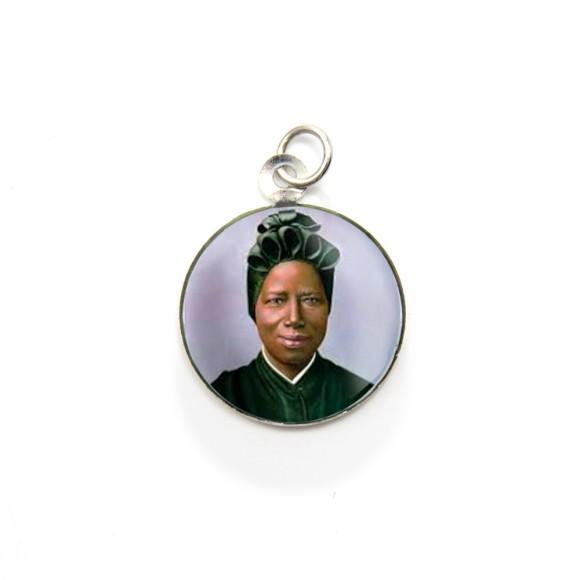 MD105045P3 - Medalha de Alumínio Redonda c/ 3un. Santa Josefina Bakhita - 2,5x2cm