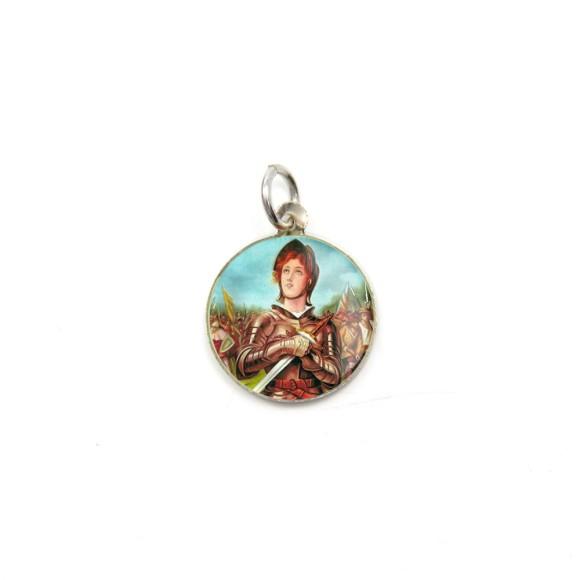 MD104047P5 - Medalha de Alumínio Redonda c/ 5un. Santa Joana D'Arc - 1,5x1,5cm
