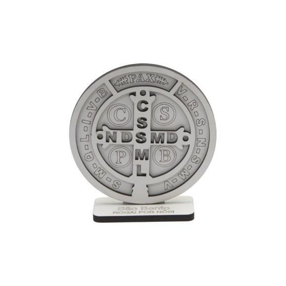 AO290100 - Adorno Pedestal Medalha São Bento MDF Branco - 11,5x10,5cm