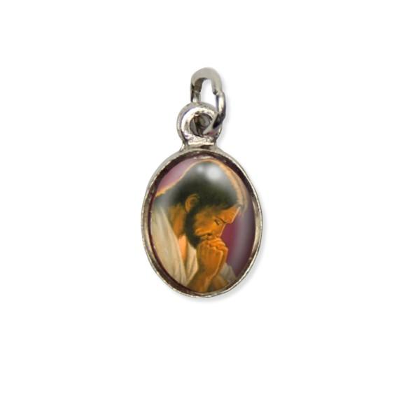 MD123405P10 - Medalha Jesus Orando Pícula c/ Cruz Níquel c/ 10un. - 1,8x1cm