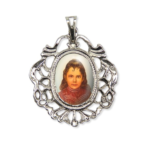 MD129063 - Medalha Santa Izildinha Camafeu Níquel - 5,5x4,2cm