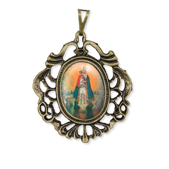 MD129208 - Medalha N. Sra. Do Bom Parto Camafeu Ouro Velho - 5,5x4,2cm