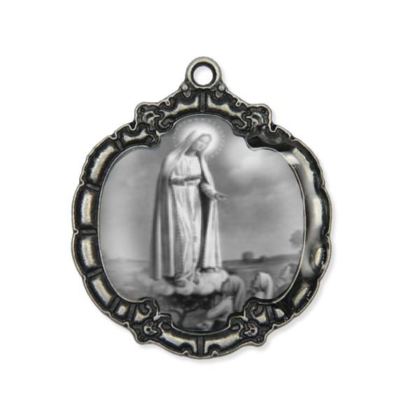 MD1320011 - Medalha N. Sra. De Fátima  Resinada Níquel Envelhecido - 5,5x4,8cm